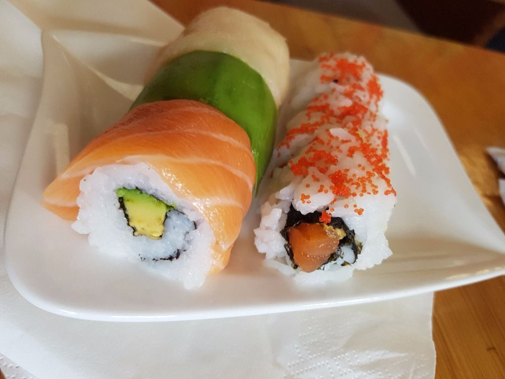 Running Sushi BUT à la carte – saywhat?!
